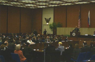 2001: 100 CCI alumni meet with Secretary of State Colin Powell